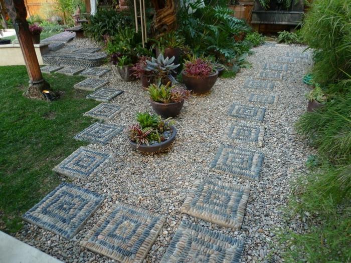 déco de jardin zen, galets, gravier et succulents pour aménager un coin zen dans un grand jardin