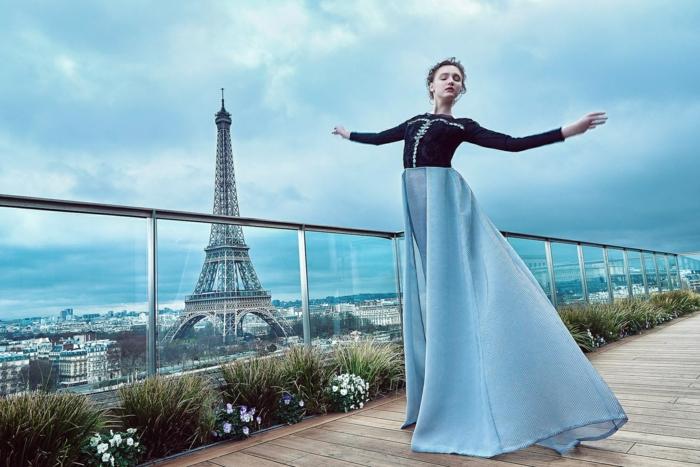 Belle tenue de mariage robe pour un mariage idée tenue chic femme à Paris photo robe longue danseuse