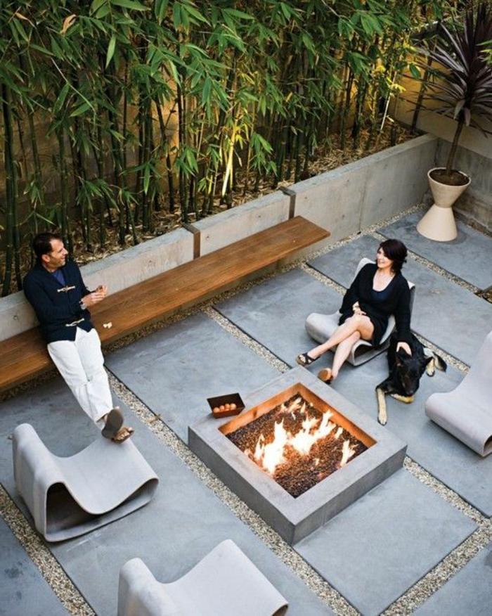 dalles et margelles piscines, cheminée ouverte, grandes dalles grises et bambous