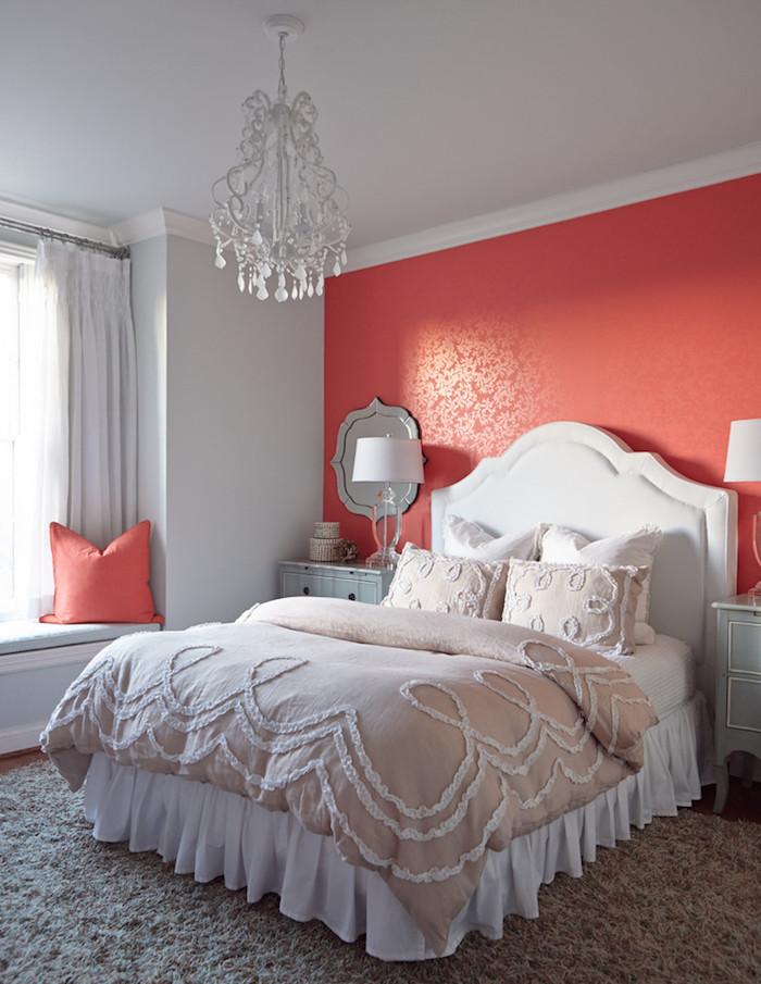 chambre blanc corail peinture rouge clair idées assemblage couleurs