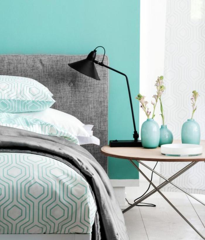 chambre gris et vert top chambre gris blanc bleu quelles couleurs associer avec le vert elle. Black Bedroom Furniture Sets. Home Design Ideas