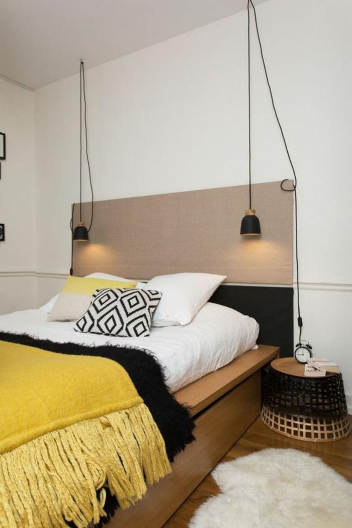 chambre design adulte complete style ethno avec couverture à franges en jaune soleil