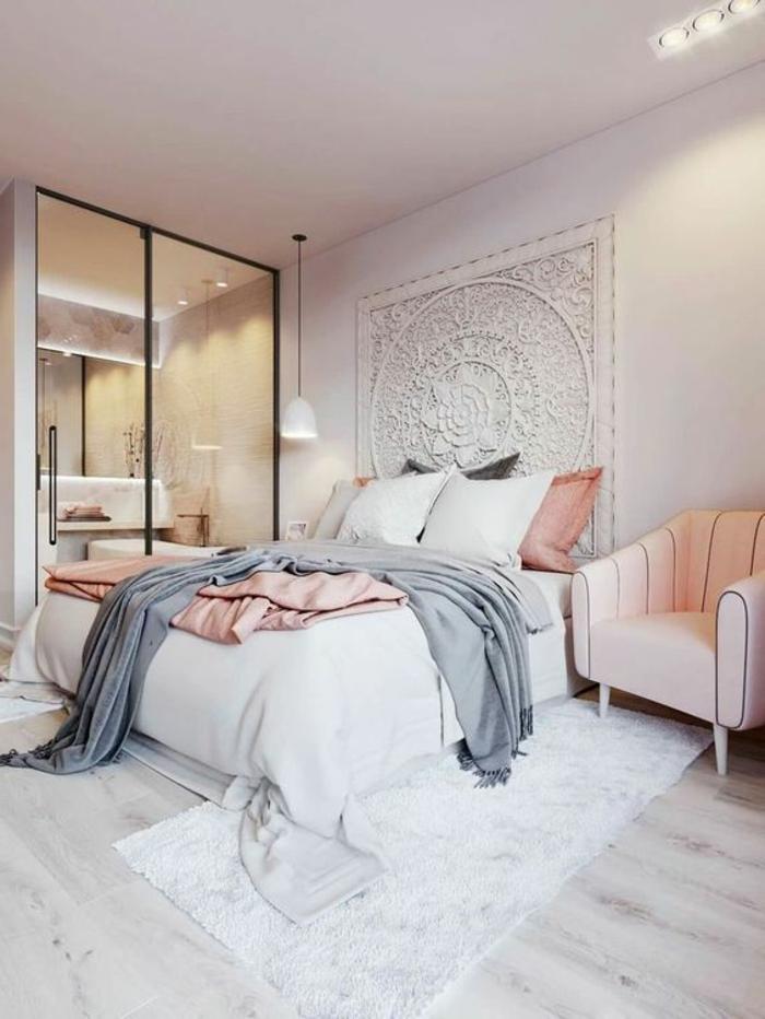 deco peinture chambre, grande porte vitrée d'intérieur, carpette grise, sol en bois