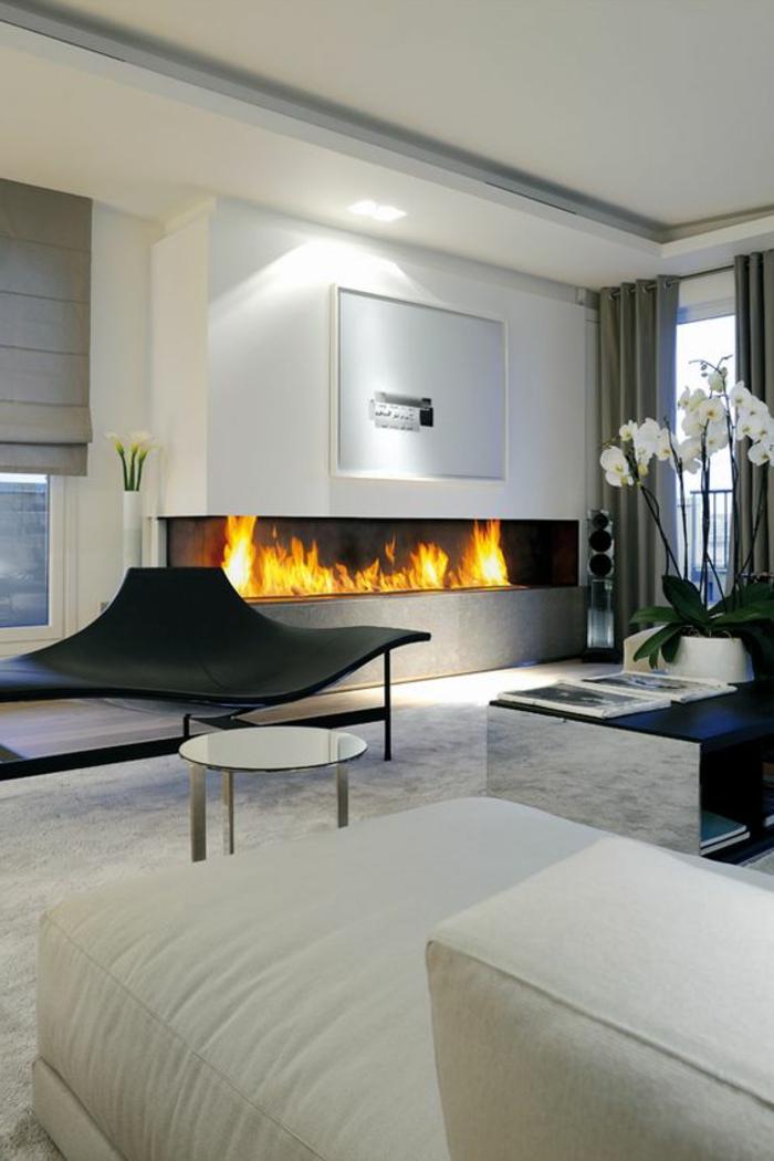 deco salon contemporain, cheminée performante, grande orchidée, peinture grise