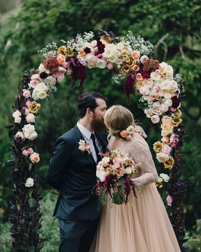 Fantastique arche pour mariage un arche art floral mariage couronne florale