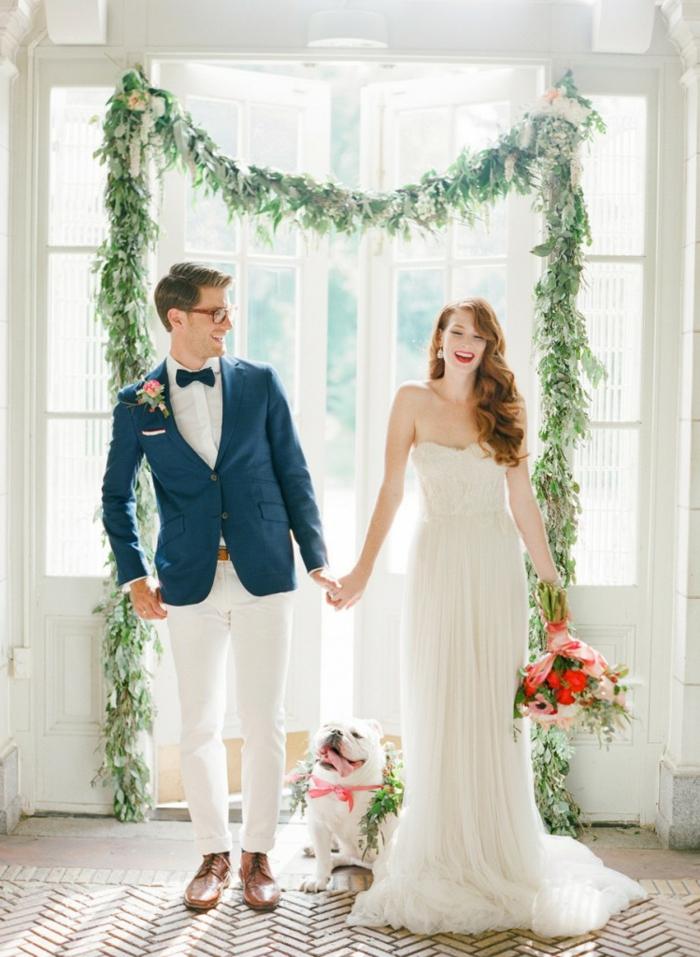 Excellente décor arche mariage composition florale mariage idee deco belle la mariée bouquet