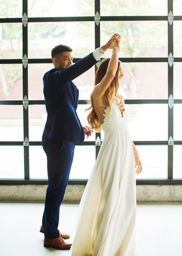 Robe de mariée droite les plus belle robe de mariée cool modèle moderne robe longue