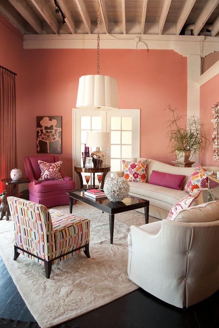 exemple déco salon avec murs corail couleur rose pale
