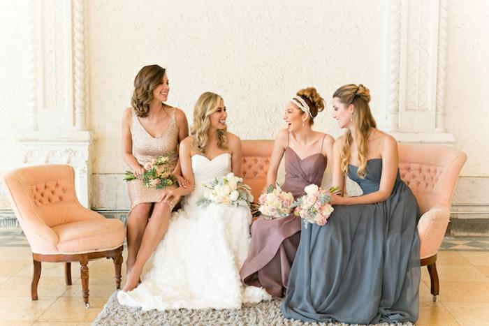 Belle robe pour le mariage de votre meilleure amie cool idée photo avec les demoiselles d'honneur