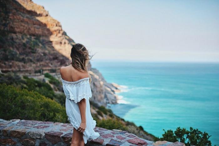 Mode hippie femme photographie hippie vetement hippie femme robe blanche courte