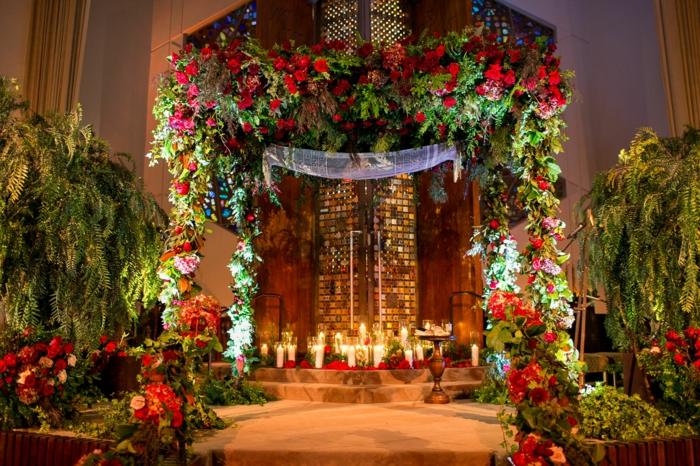 Decorateur floral composition de fleurs pour table de mariage beau rouges fleurs