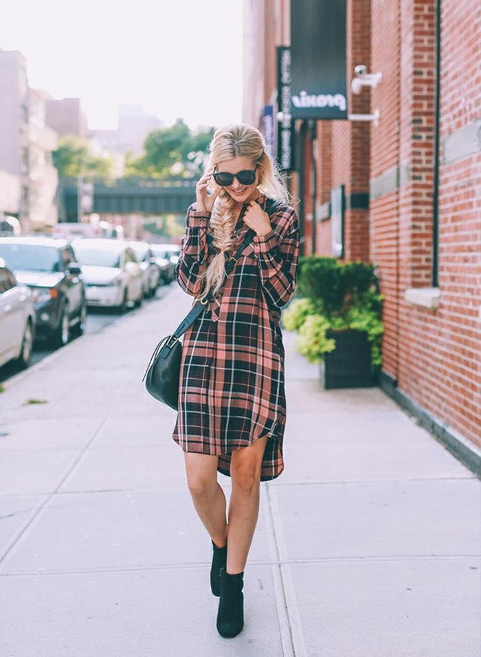 La tenue de fete robe noire dentelle comment bien s habiller femme chemise longue carreau