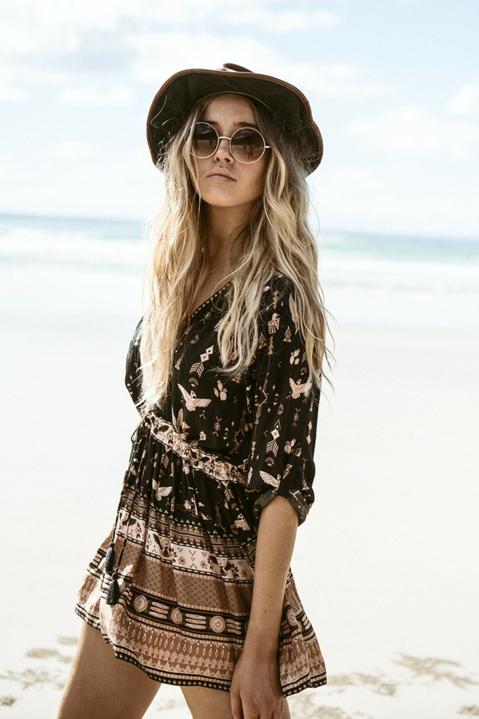 Idée tenue hippie les années hippies vetement boheme femme robe hippie chic tenue