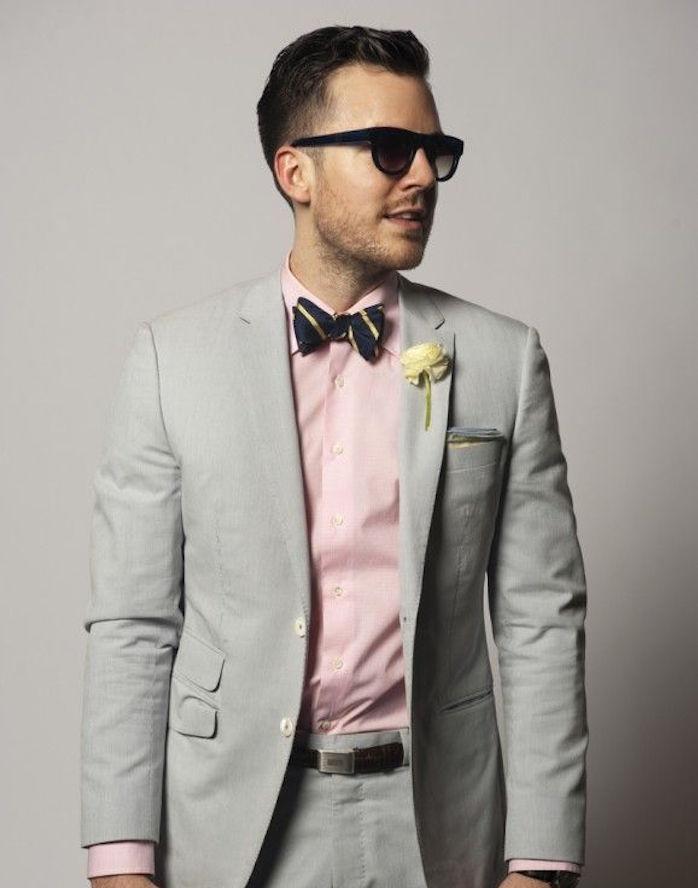 quelle chemise avec costume gris clair homme rose
