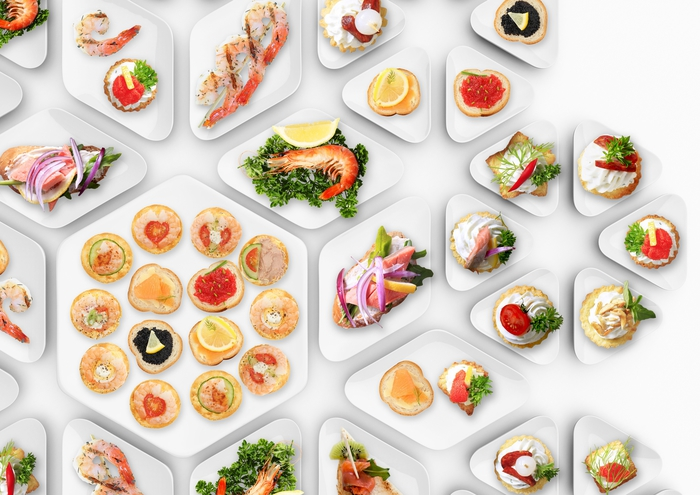 comment organiser un apéritif dinatoire convivial, un assortiment d'amuses-bouches aux goûts variés