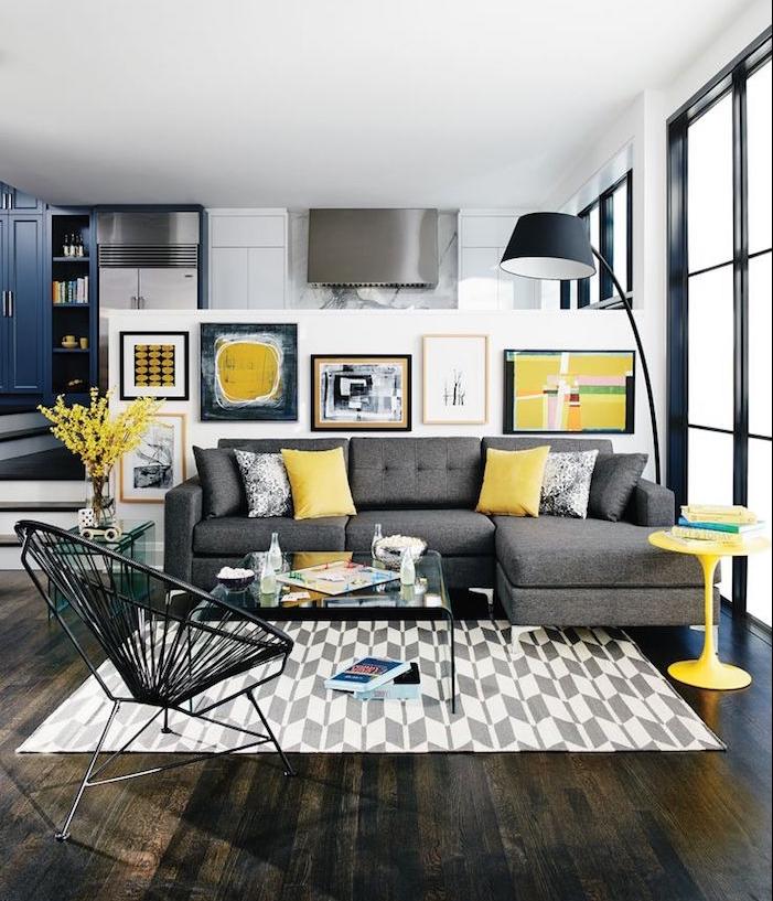 salon design moderne et vintage coloré sombre avec meubles