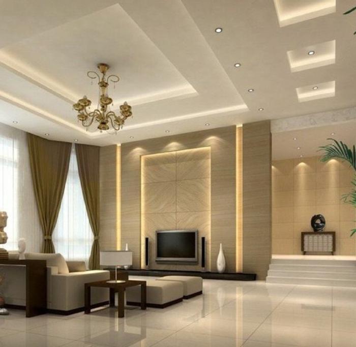 idee de deco salon, plafonnier baroque, faux plafond élégant, rideaux élégants, éclairage sophistiqué