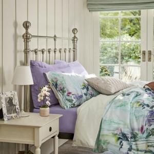Une chambre gris et violet - les meilleures idées pour créer un intérieur élégant
