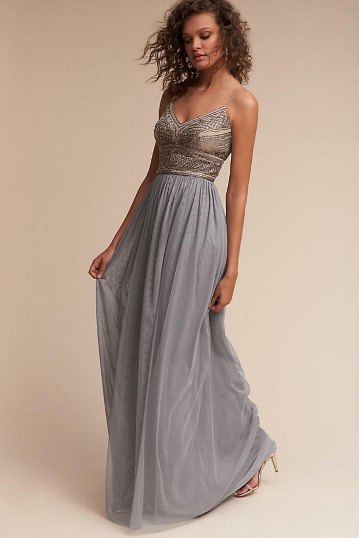 La robe soirée mariagerobe pour aller à un mariage belle robe longue belle dentelle
