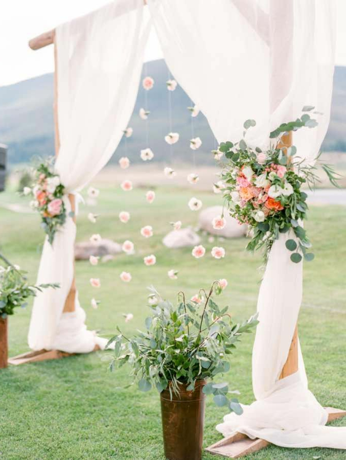 Décoration florale mariage arche de mariage fabriquer une arche image