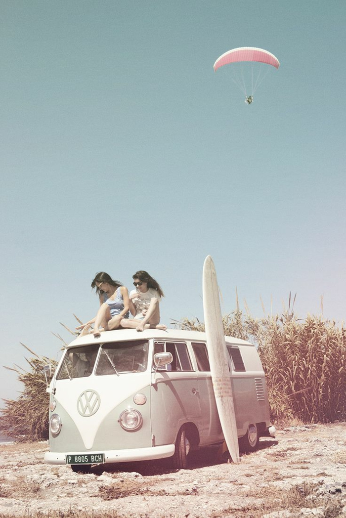 Liberté style hippie rock robe style hippie tenue hippie chic van volkswagen surfer belle photo
