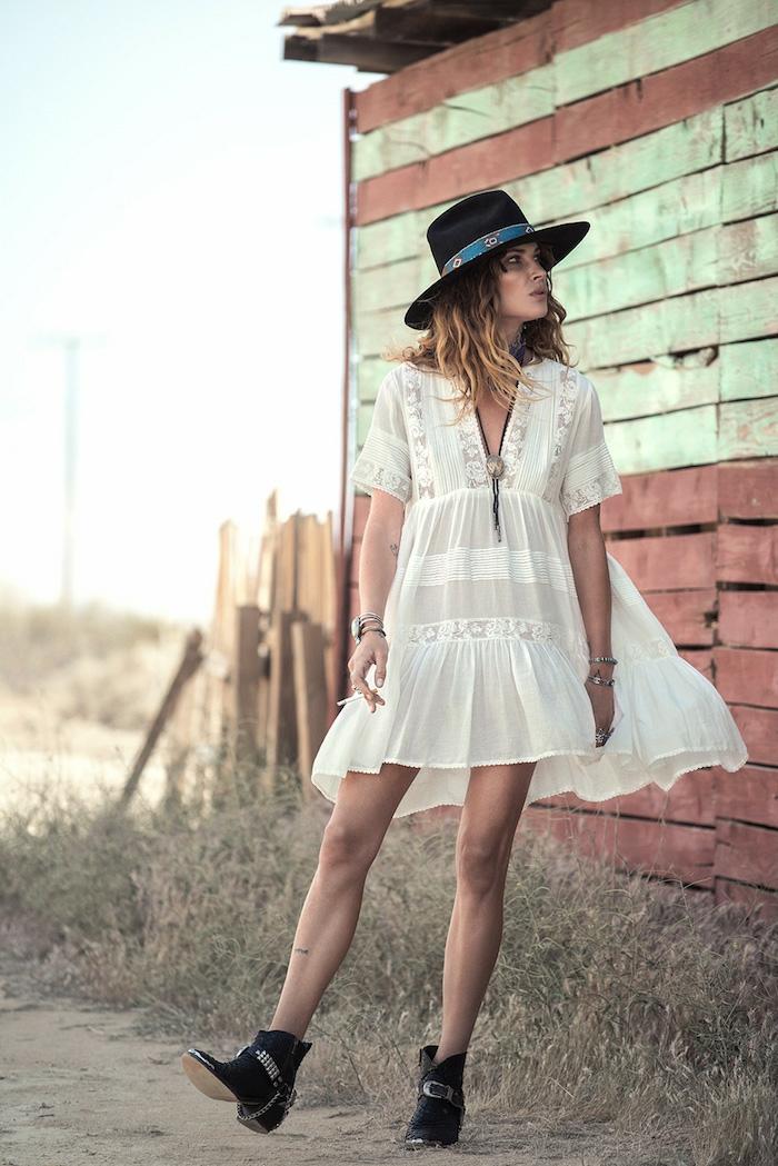 Magie hippie days veste hippie chic style bobo chic femme robe blanche hippie courte tenue avec bottines
