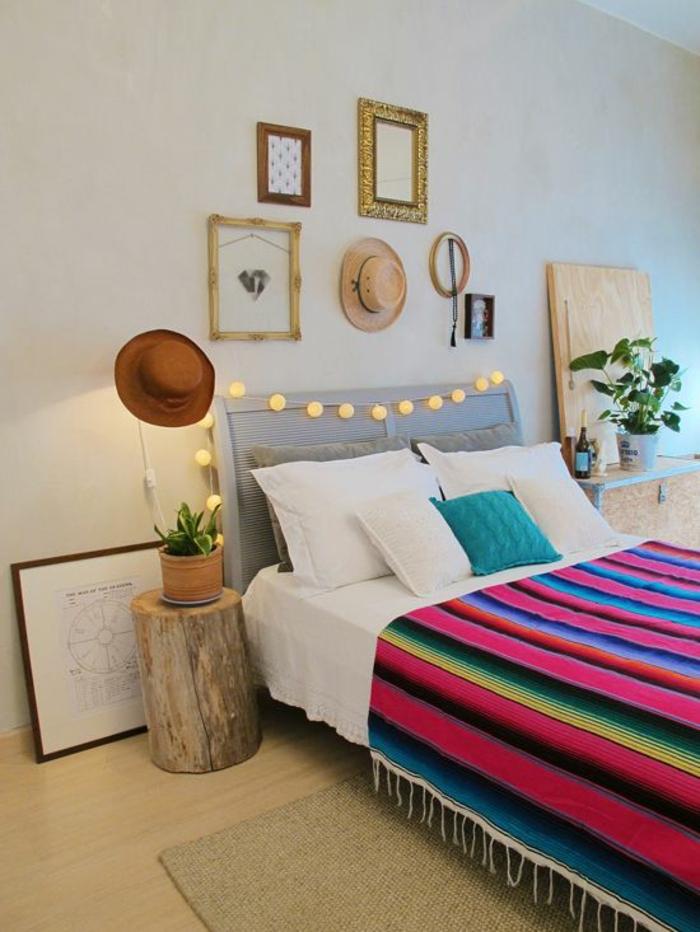 couleur fushia couverture de lit a rayures en couleurs pimpantes ambiance vibrante