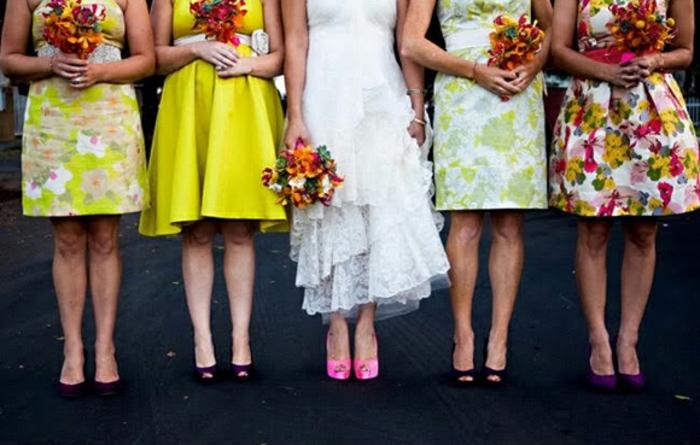 Tenue de mariage vintage robe pour un mariage couleurs idée tenue chic femme