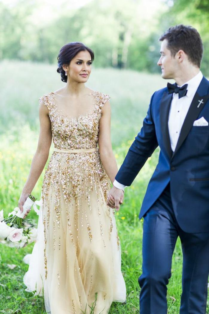 Mariage champetre robe mariée originale robes de mariée courtes robe dorée