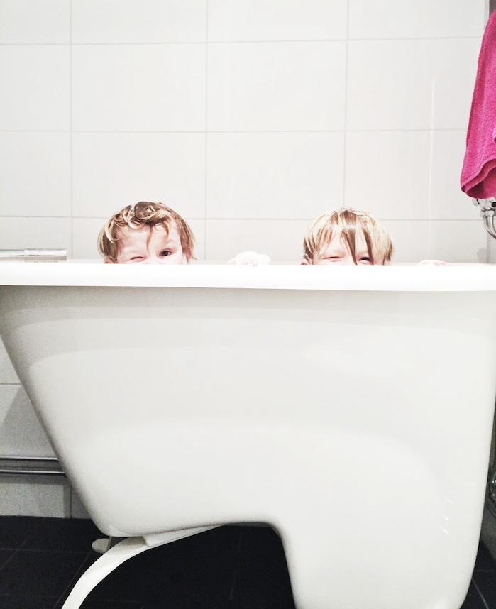 baignoire mini fauteuil avec siege pour petite salle de bain