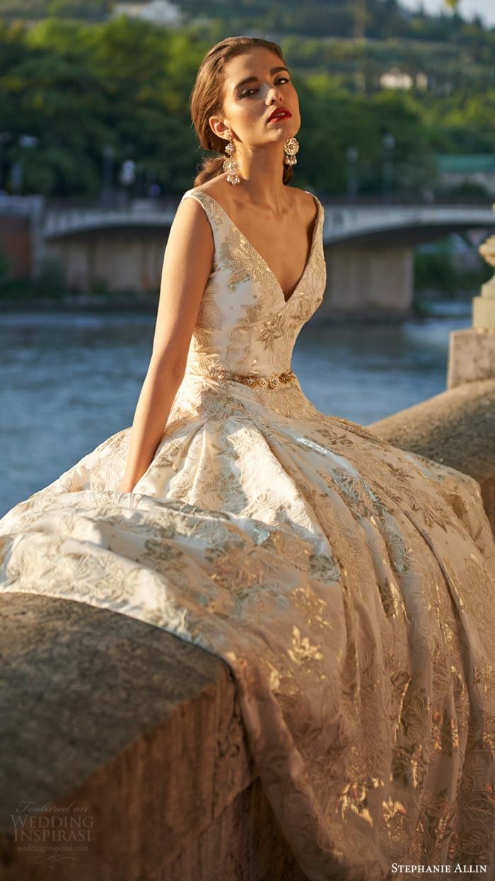 Robe de mariée de couleur robe de mariée colorée à la mode belle robe dorée