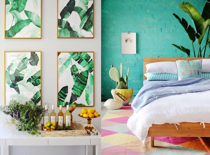 papier peint tropical, tête de lit en bois, mur en briques peint en turquoise, cadres photo dorés, cactus dans pot jaune