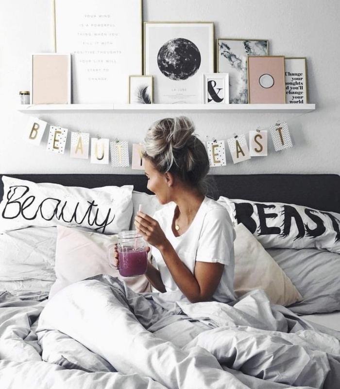 Habitation couleur chambre papier peint chambre le violet intérieur