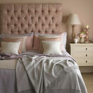 Comment décorer une chambre rose et gris - mille idées pour créer un intérieur doux et apaisant