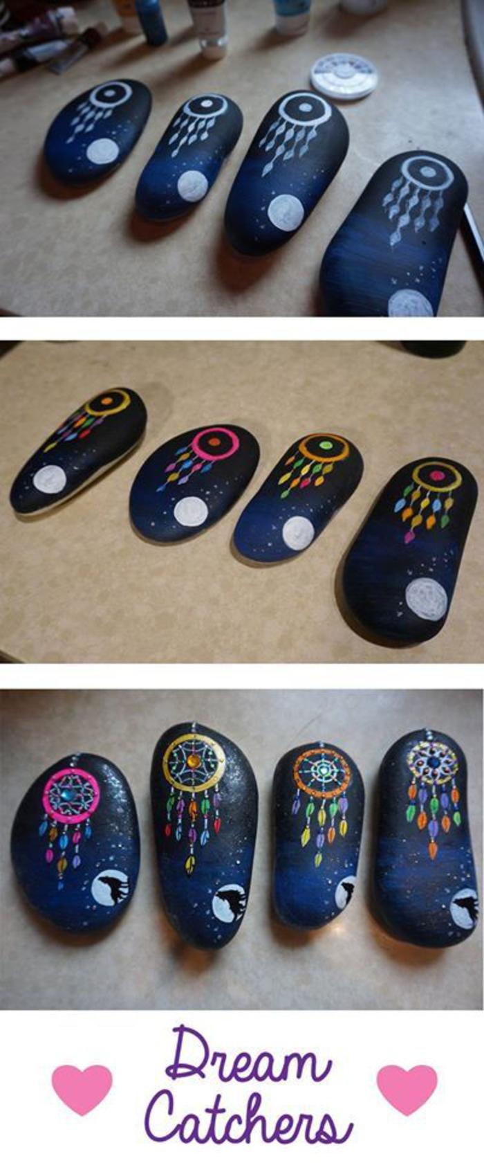 des attrape-rêves colorés sur un fond bleu de nuit, des galets décorés originaux à inspiration indienne