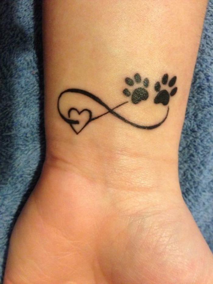 petit tatouage,