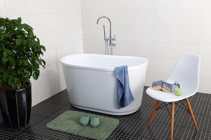 mini baignoire design suedois scandinave acrylique petite taille