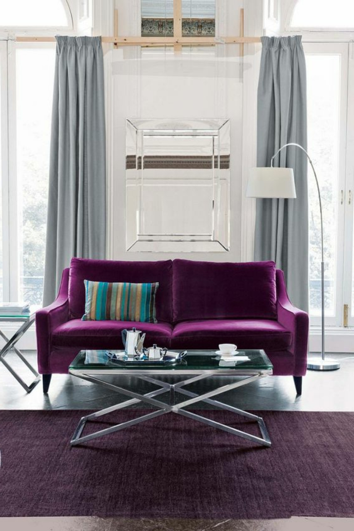 chambre violet aubergine affordable chambre gris et aubergine avec canap d angle m ridien droit. Black Bedroom Furniture Sets. Home Design Ideas