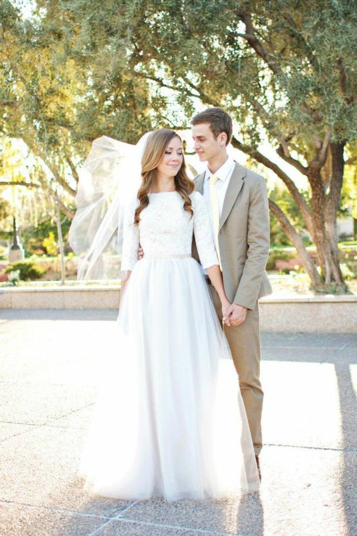 Jolie robe de mariée manche longue robe de mariée originale