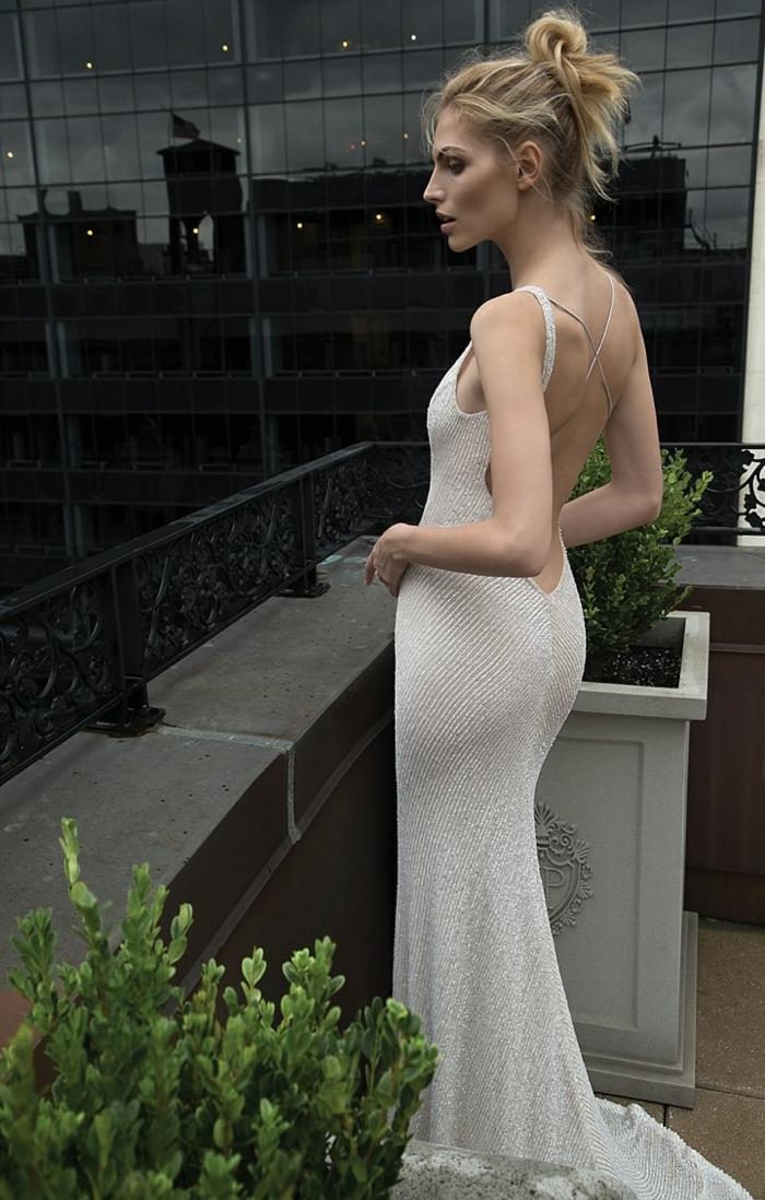 Robe mariage pas cher robe sirene mariage modern idée modèle robe moulante blanche