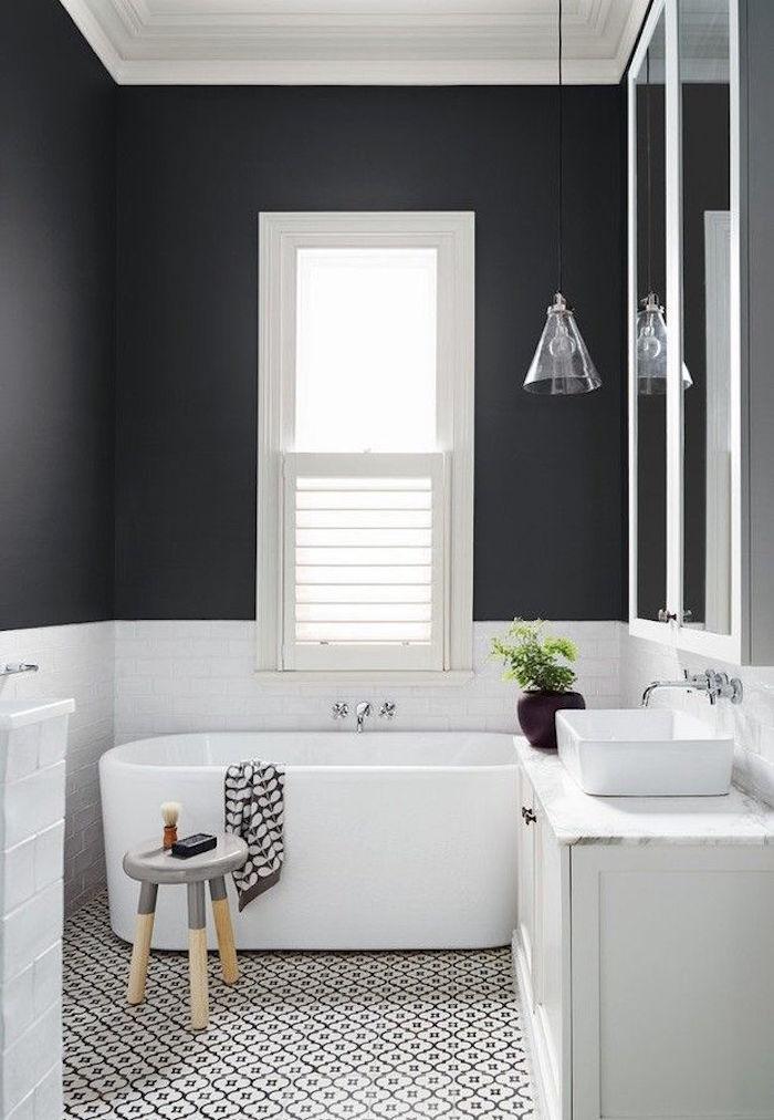 petite salle de bain avec baignoire petites dimensions ovale moderne
