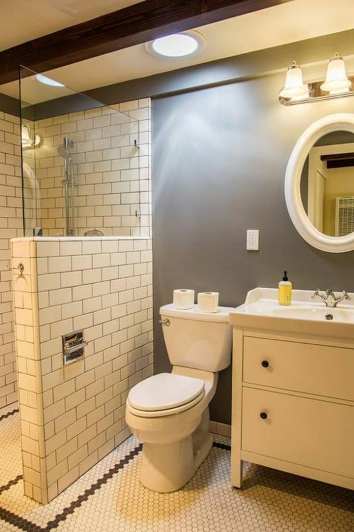 petite salle de bains modèle bain petit espace avec séparateur espace en briques blanches