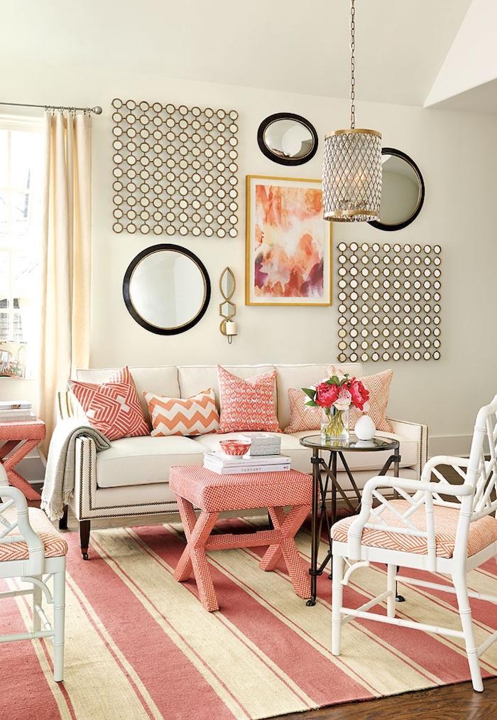 déco salon design peinture murs beige meuble corail