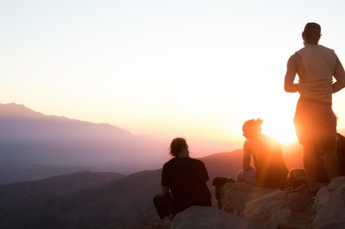 Blouse hippie chic tee shirt hippie vetements hippie chic coucher de soleil photo amis hippie vie voyager