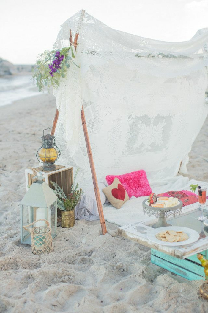 Formidable tenue hippies style and fashion hippie life style plage décoration tente tipi idée