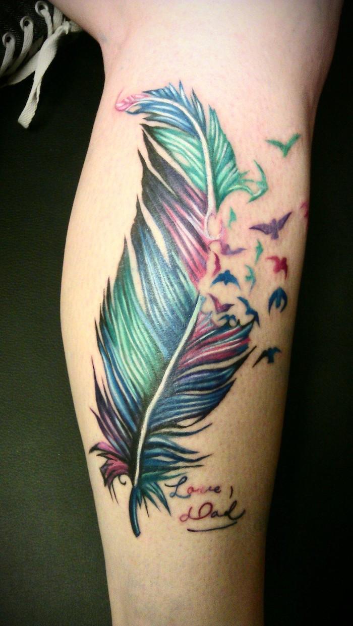 tatouage jambe femme plume | kolorisse developpement