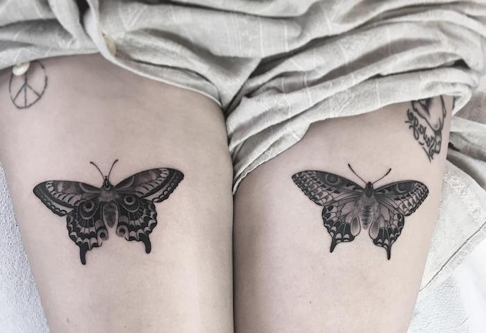 tatouage symbolique, dessin en encre sur la peau à design papillon, tatouage pour femme