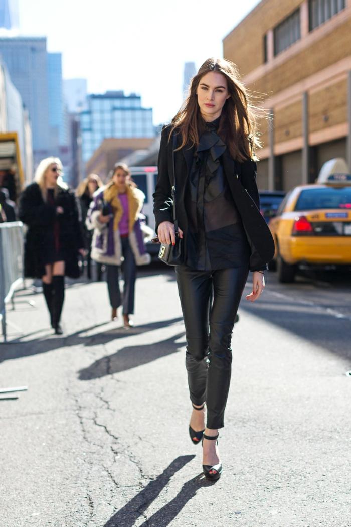 Jolie tenue chic et classe femme bien habillé bien s habiller aujourd'hui tenue noire