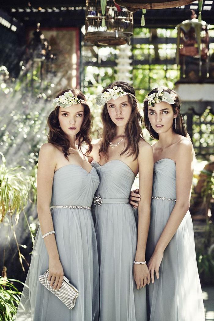 des modèles de robes demoiselles d'honneur identiques en mousseline et tulle avec bustier en coeur