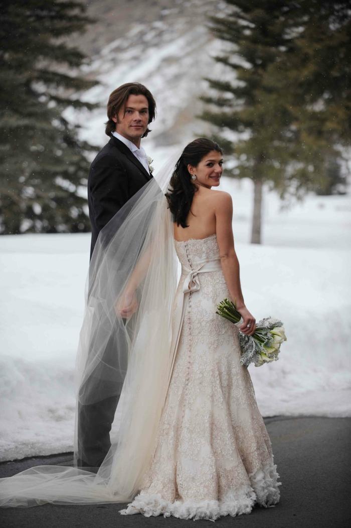 Superbe robe de mariée fluide robe de mariage sirene moderne mariage célèbre